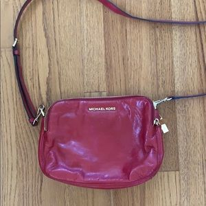 NEVER USED MICHAEL KORS RED LEATHER CROSSBODY!